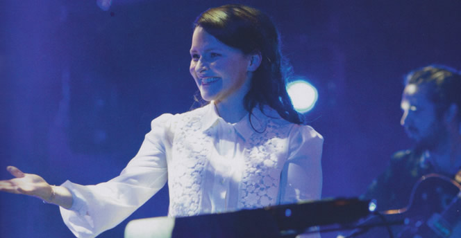 emiliana-torrini-2013-12-17-icelandic-music-awards-001